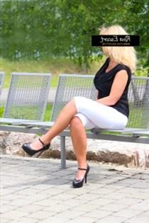 Eva Lejla, kåte jenter i Kvaløysletta - 10029
