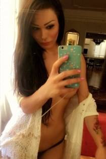 Laura Alzate, kåte jenter i Mysen - 7831