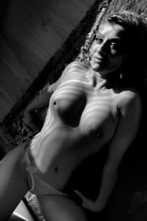 Eskorte modeller Leah Li, Holmestrand - 2449